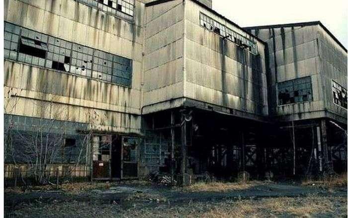 Сумна історія покинутого людьми міста Сентрейлия (32 фото)