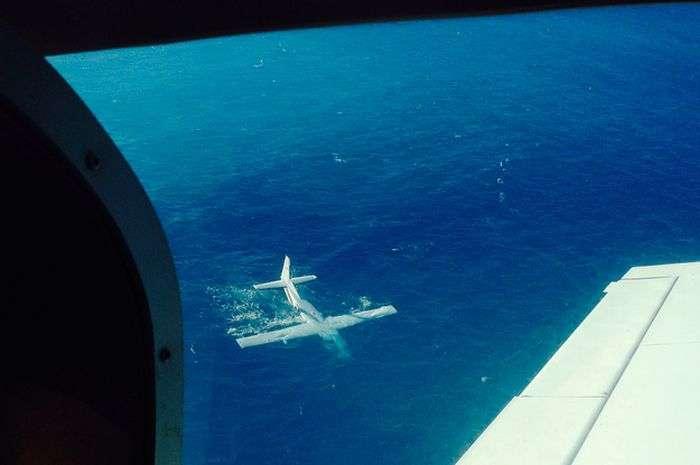 Фото після авіакатастрофи (3 фото + відео)
