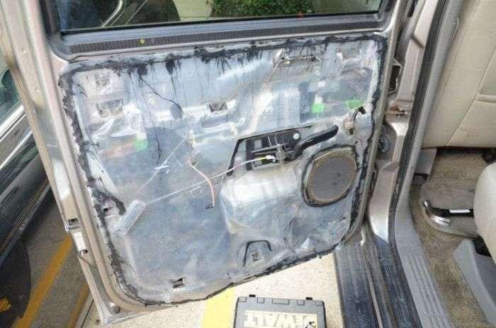 Несподіваний сюрприз у двері вживаного автомобіля (16 фото)