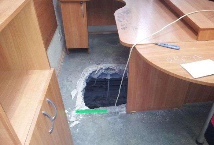 Креативний підхід до пограбування офісу (9 фото)