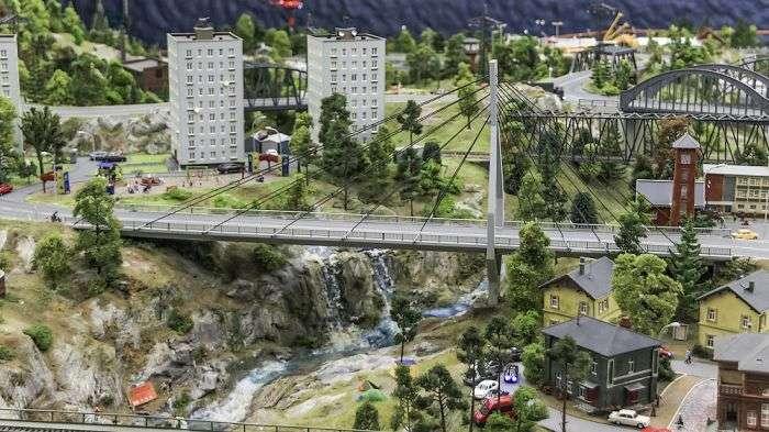 Інтерактивний макет нашої країни в мініатюрі (85 фото)