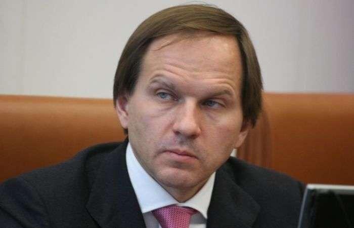 Губернатора Красноярського краю пограбували на території його вілли за 25 млн євро (3 фото + відео)