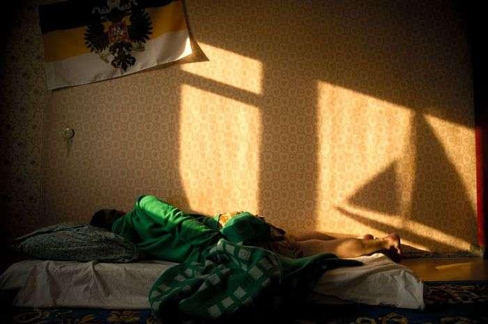 Суворі будні жителів Норильська (54 фото)