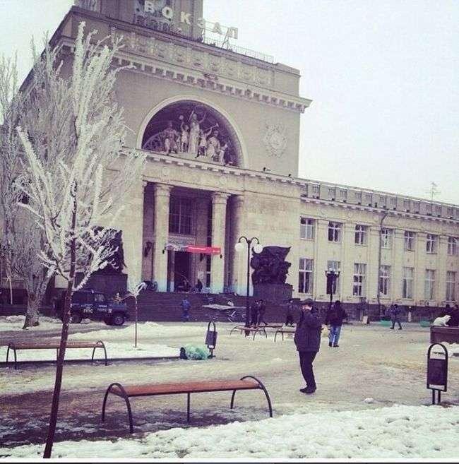 Теракт у Волгограді: вибух на залізничному вокзалі (14 фото + 2 відео)
