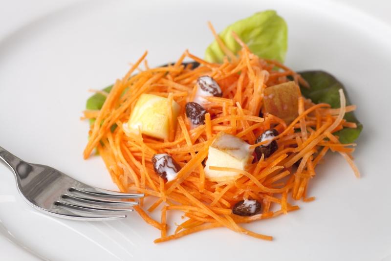 Подборка морковных салатов здоровье