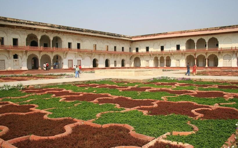 Красный форт Агры: что теряют туристы, посещающие город только ради Тадж-Махала Агра и Джайпур /