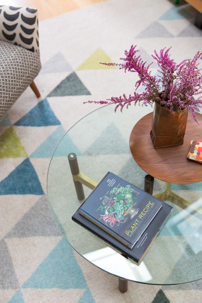 Скандинавия влюбилась в Калифорнию: светлый дом с цветными акцентами интерьер и дизайн