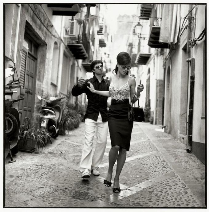 Чувственные фотографии девушек от французского фотографа фотография