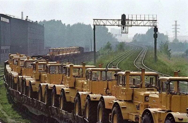 Самый могучий трактор СССР Кировец К 700
