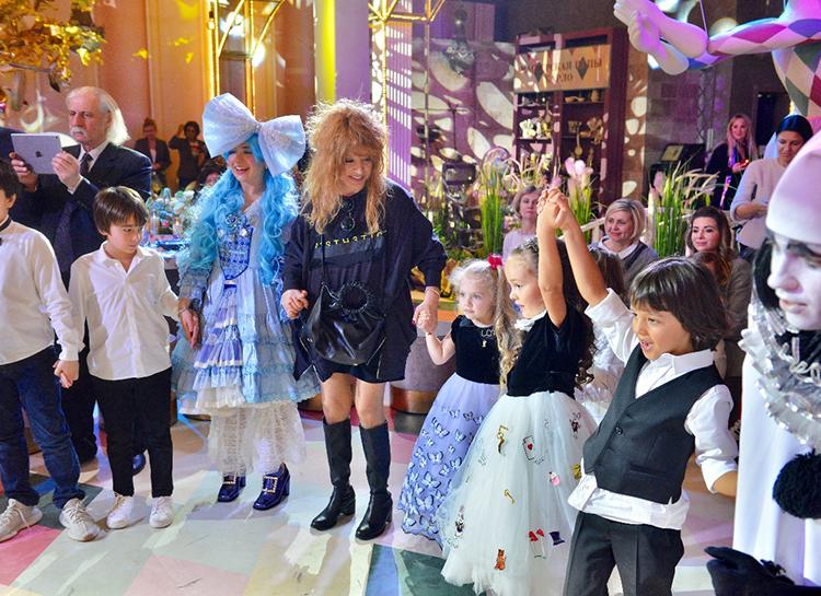 Дети Пугачевой и Галкина, Киркорова, Навки и других знаменитостей на празднике дочери Жасмин: фотоотчет Дети / Дети знаменитостей