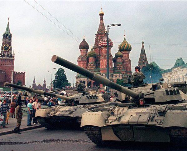 Ошибки советского руководства, которые привели к распаду СССР