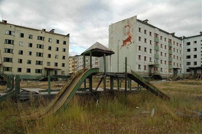 10 самых больших заброшенных городов России культура