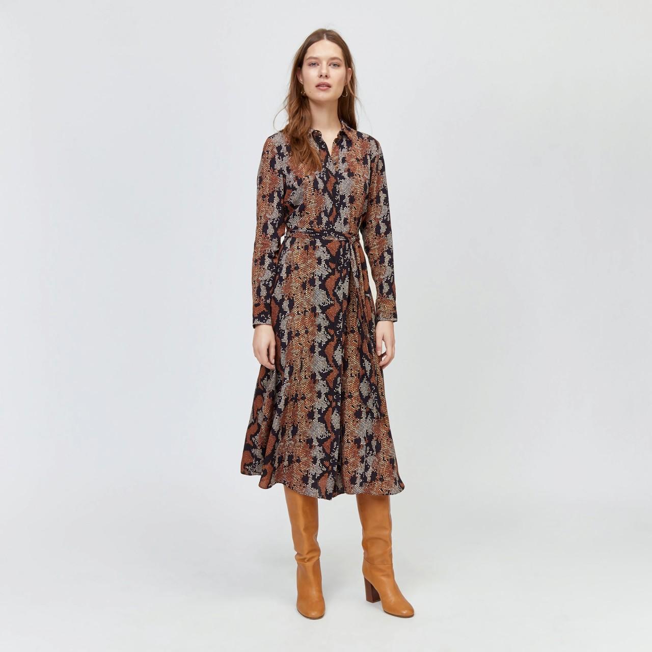 5 модных платьев, которые лучше всего сочетаются с сапогами лучшее